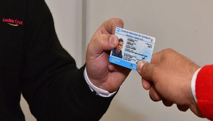 Requisitos para otorgar la licencia de conducir